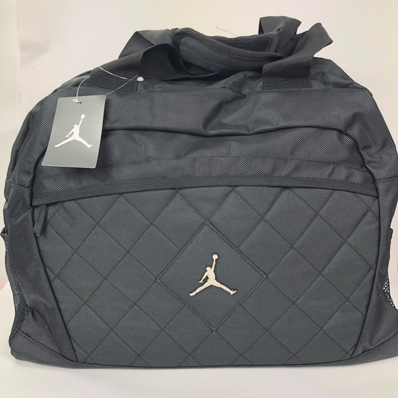 b4cf5640ef6f57 Michael Jordan Athletic Duffel Gym Bag NWT